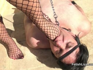 My outdoor foot bitch - foot - femdom porn crush fetish rabbit