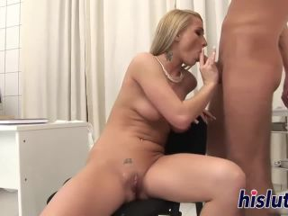 Sexy lucy has her asshole drilled!