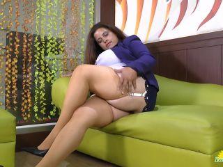 Rosaly - Hot latina mom with big boobs FullHD