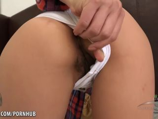 Saya Song Saya songing a toy on her pussy