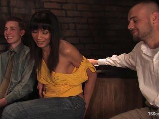 Yasmin Lee - Threesome!!!