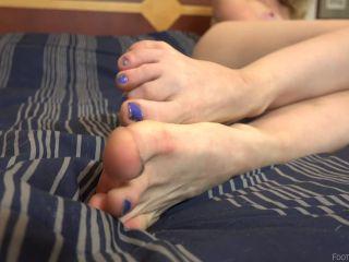 Foot Fetish - Athena Rayne Showing Off