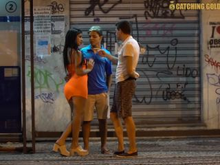 Catchinggolddiggers - Amazing Dp Threesome With Young Couple