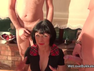 Mature nette loves the taste of cock and the feeling of cum on her skin
