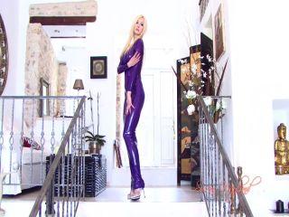 Susan Wayland – Purple Latex Passion Video