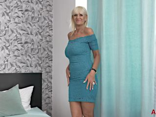 Roxana - Mature Pleasure Mature