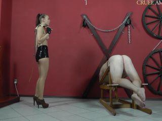 Cruel Amazons - Mistress Anette - Escaping Slave