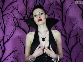 LADY MESMERATRIX - KISS THE WITCH!!!