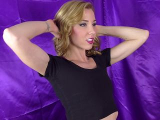 Janira Wolfe - Are You Looking At My Biceps?!!!