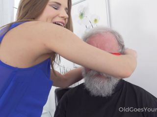 Fresh babe gives old man a special present!!!