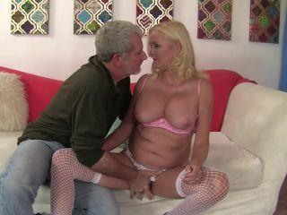 Sexy grandma still loves to fuck sara