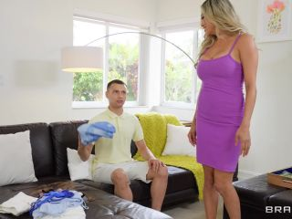 Brazzers Exxtra – Caitlin Bell