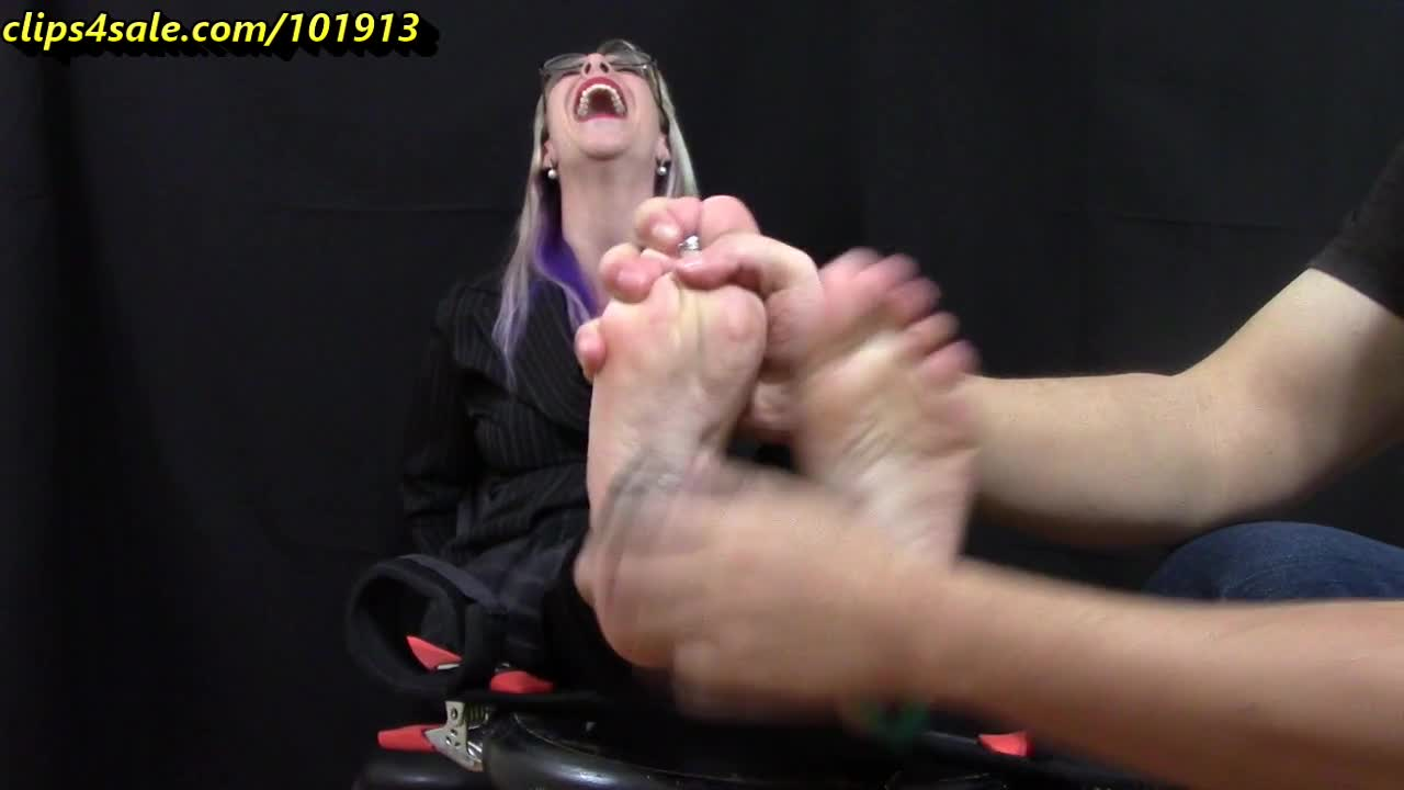 Nylon Feet Worship Office