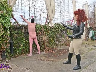 Mistress Lady Renee – Cold Courtyard Whipping
