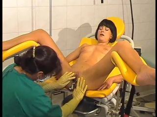 Speculum and fisting in the clinic