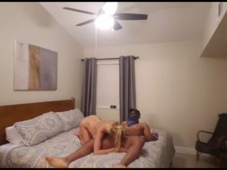 HOLLYHOTWIFE – Arizona Hotwife Trip MFM Threesome
