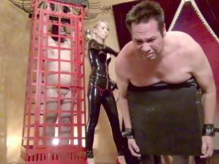 Femdom – Asian Cruelty – A CRUEL AND SADISTIC RUBBER WHIPPING! Starring Sadist Quorra