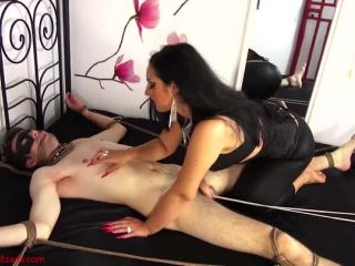 Scratching – Mistress Ezada Sinn – Branded by My red long nails