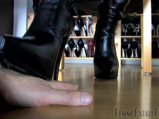 FemmeFataleFilms – Divine Mistress Heather – Boots and Feet Complete