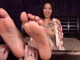 Porn online Foot licking – Pleasures Of The Sole – Mindi's Virgin Soles