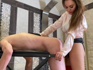 Anally Fucked With The Giant Cock [FullHD 1080P] - Screenshot 6