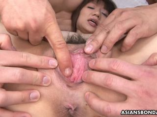 Shiori Natsumi started liking wild sex with strangers, a lot
