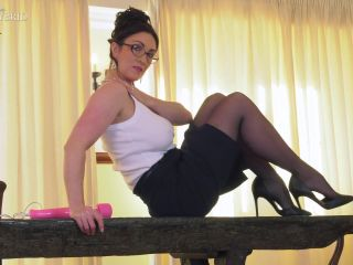 Porn online Miss Hybrid - Glasses Two femdom
