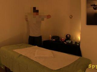 Massage Salon 172