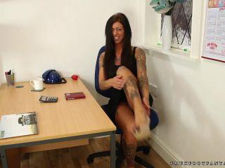 Toe wiggling – Leanne set 2