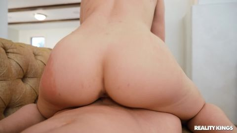 Mia Moore - All I Want For Valentine's Is Dick [FullHD 1080P]