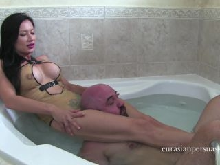 vancouver kinky dominatrix  bathtub scissors challenge (1080 hd)  throat fetish