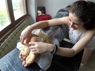 Porn online Tickling torture – Octopus – Giada – Facedown Hell
