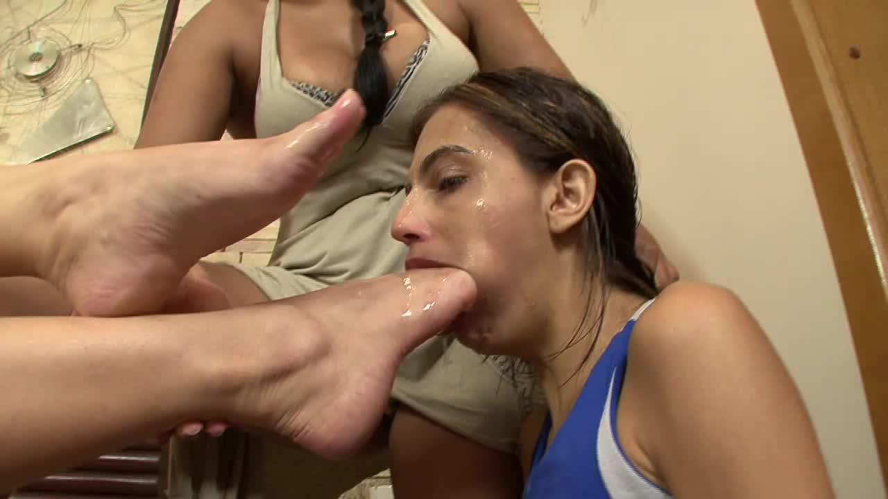 Lesbian Sleepy Foot Worship