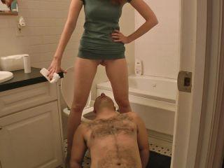 Kendra James - My Toilet Slave [HD 720P] - Screenshot 1