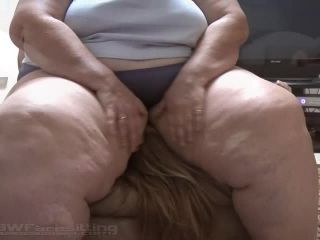 BBW FACESITTING - Thick, Sweaty Females on Girls and Mans