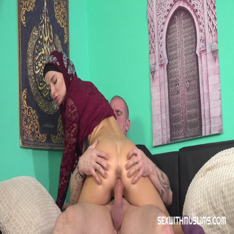 Victoria Pure - Horny Muslim Woman Wants To Please Her Husband [UltraHD/2K 1920P]