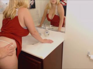 ManyVids Webcams Video presents Girl Codi Vore in Fuck Me On The Sink