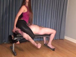 Becky LeSabre in Face Sit and Leg Scissor Fun