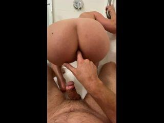 VibeWithMolly - Poop and pee on dick [UltraHD/2K 1920P] - Screenshot 2