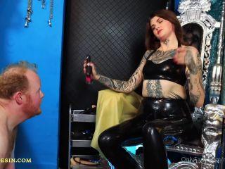 Miss Melisande Sin – Latex Shining Duty (1080 HD)