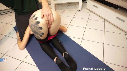 Franzi-Lovely - Yoga Extreme [FullHD 1080P]