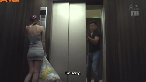 Hamasaki Mao, Mihara Honoka, Sasakura An, Wakamiya Hazuki - I Got Caught In An Elevator With A Busty Braless Babe! She Was Taking The Trash Out Late At Night And It Was Just The Two Of Us, When It Broke Down And We Were Stuck There! (720p)