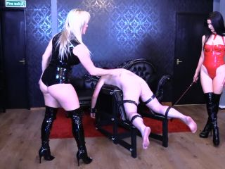 Mistress Karinaб Mistress Tess — Thrashed To Tears