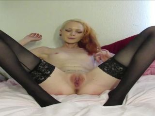 ManyVids presents Ms Luna Baby — SubPrincess — 3 living photos