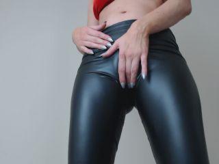 Kinky Alison – Kinkyalison latex legging tease for beta sluts