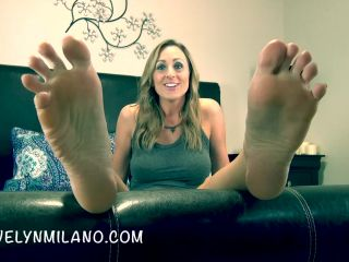 Online Fetish video Evelyn Milano - The Power Of My Feet - week 2