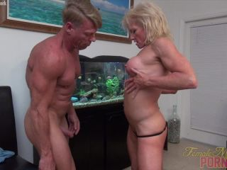 Mandy Foxx - Squirting, Sucking, Penetrating. Just Another Porn Star Day.