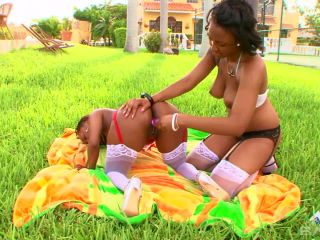 Young Black Girlfriends Who Love Pussy 2 Scene 5