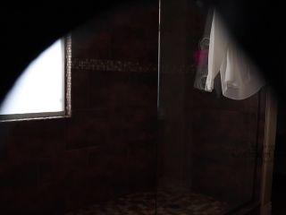 RHWofFinland – Slutty wife caught on hidden cam