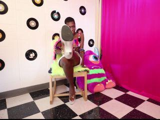 [Femdom 2019] Kinky Mistresses  Mpenzi's Slave [Ebony Domination, Humiliation, Degradation, Interracial Domination, Gasmask, Slave, Sub, Submission, k2s.cc]